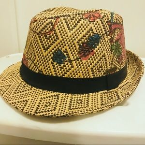 Roxy contrasting straw fedora with painted floral
